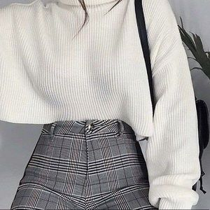 H&M Oversized Cropped Ribbed Mocked Neck Sweater